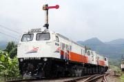 12 Kereta Tertahan Akibat KA Jayabaya Anjlok
