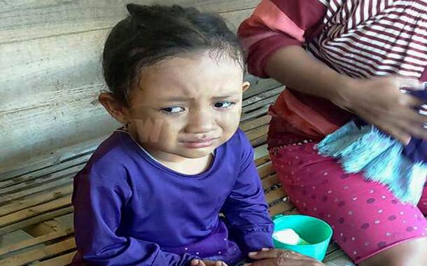 Gadis Kecil Terpisah Dari Orang Tua Waktu Mudik