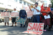 Pecinta Satwa Demo Mapolrestabes Surabaya