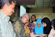 Emil Salim Dukung Penyelamatan Pohon Asem