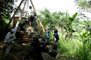Pembangunan Rumah Ikan Perlu Alat Berat