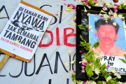 Ratusan Massa Demo Pembunuh Salim Kancil