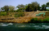 Suaka Ikan Kali Surabaya Dirusak Pipa Gas