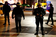 100 Tewas Dalam Serangan Teroris Di Perancis