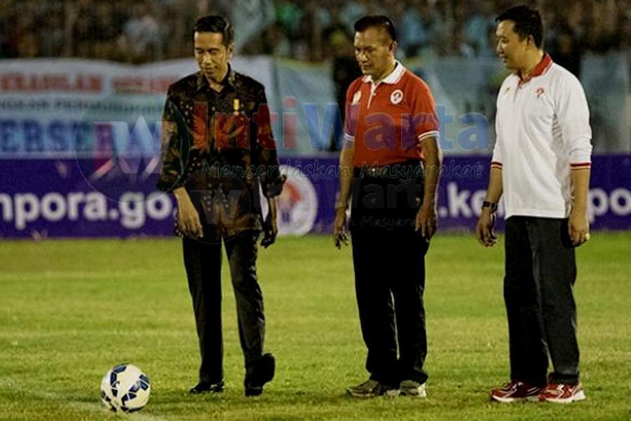 Kick Off Jokowi Membuka Piala Sudirman