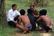 Jokowi Temui Suku Anak Dalam Bukan Rekayasa