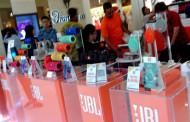 JBL Audio Bawa 6 Speaker Nirkabel Ke Surabaya