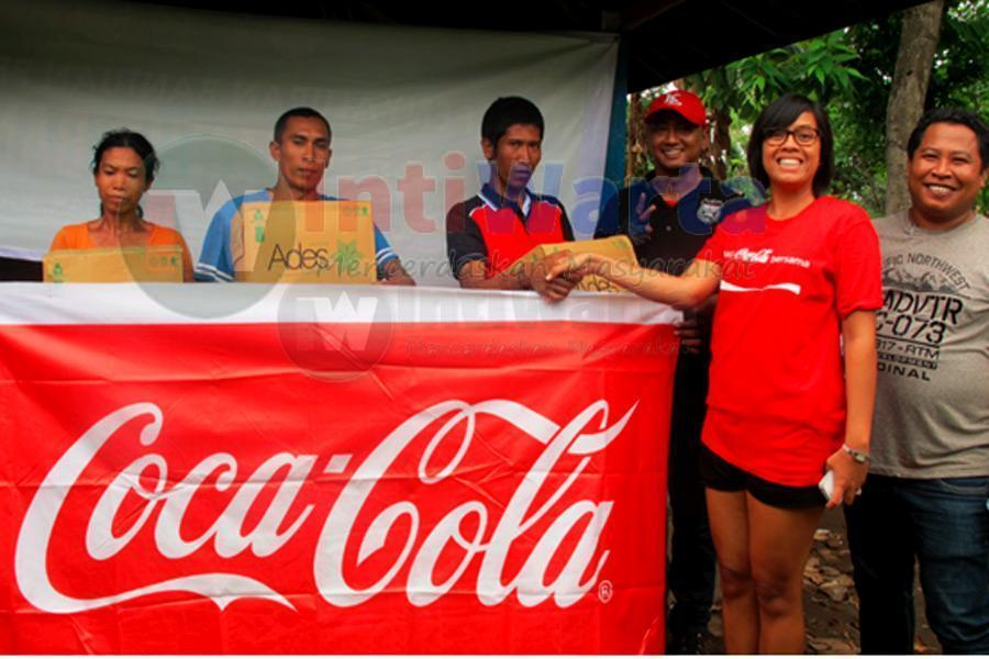 Coca-Cola Bantu Korban Banjir Buleleng