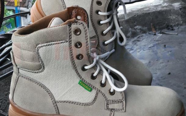 Boots Safety Bebas Model Bebas Warna