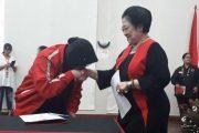 Risma Ancam Mundur Disikapi Sinis Kader PDIP