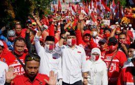 ErJi Diantar Ratusan Pendukung Daftar Ke KPU Surabaya