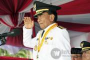 KPK Geledah Kantor Gubernur Riau