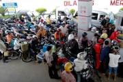 Tahun Baru, Premium Turun Jadi Rp 7.600/Liter