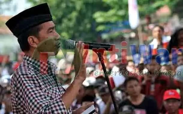 Jokowi Sholat Idul Fitri 2015 Di Aceh