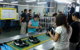 22 Perusahaan Sepatu Jatim Tangguhan UMK