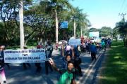 Warga Lakarsantri Tutup Gerbang Citraland
