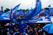 Panti Pijat 'Plus-plus' Diserbu Massa Serba Biru