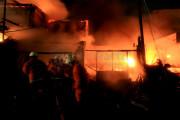 Kantor Golkar Balikpapan Dibakar