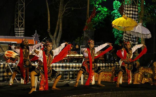 Music Art Blending Buka ITS EXPO 2015