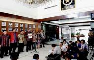 18 Nama Calon Anggota ORI Diserahkan Presiden