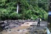 Banjir Bandang Landa Wisata Coban Rondo
