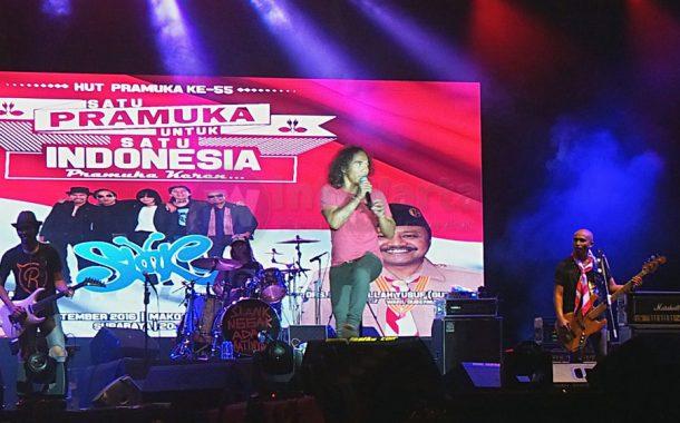 Slank Semarakan Hari Pramuka Di Surabaya