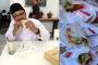 Gus Ipul Lahap Taco Meksiko Rasa Jawa Timur